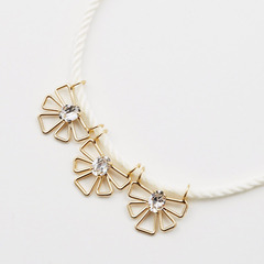 flower motif cord necklaceフラワーモチーフコードネックレス(ホワイト)