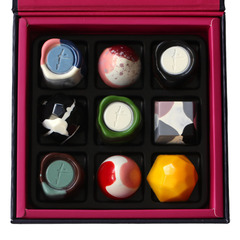CHOCOLATE BOX OF 9