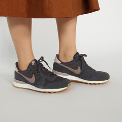 NIKE WMS INTERNATIONALIST